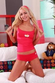 victoria blondes