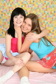 mimi and sonja pics