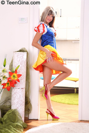 Slutty teen in Snow White's dress fucks  - XXX Dessert - Picture 1