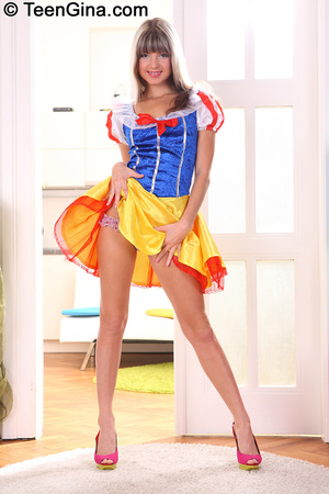 Slutty teen in Snow White's dress fucks  - XXX Dessert - Picture 3
