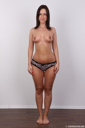 Hot brunette with sexy full hips, soft b - XXX Dessert - Picture 9