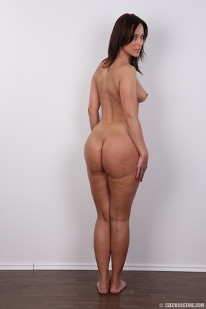 Hot brunette with sexy full hips, soft b - XXX Dessert - Picture 17