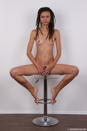 Dreadlocked slim beauty with small tits, - Picture 20