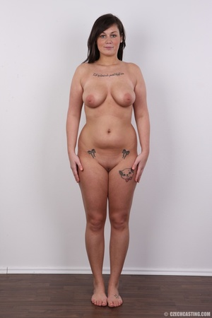 Sexy chubby big tits curvy chick shows b - XXX Dessert - Picture 14