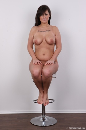Sexy chubby big tits curvy chick shows b - XXX Dessert - Picture 18