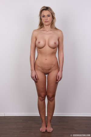 Slim blonde lady with amazing big and er - Picture 13