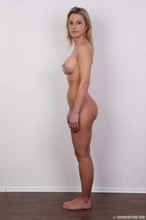 Slim blonde lady with amazing big and er - Picture 14