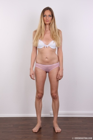 Blue eyes tall seductive blonde with sma - XXX Dessert - Picture 5