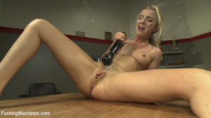 Naughty slutty blonde gets her hot pussy - XXX Dessert - Picture 15