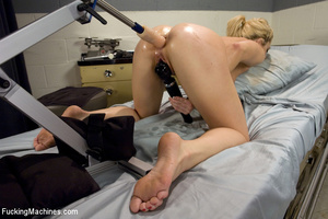 Sweet automated fucking as blonde gets f - XXX Dessert - Picture 9