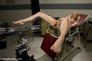 Sweet automated fucking as blonde gets f - XXX Dessert - Picture 11