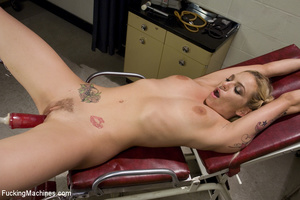 Sweet automated fucking as blonde gets f - XXX Dessert - Picture 13