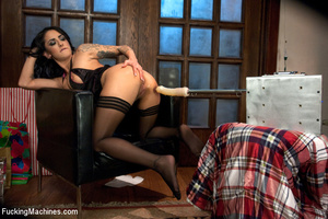Sexy chick experiences loud orgasms as s - XXX Dessert - Picture 3
