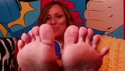 powerful feet ready for
