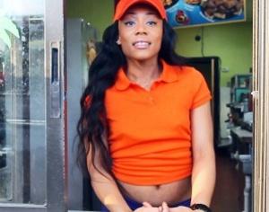 Attractive black-haired waitress loves b - XXX Dessert - Picture 3