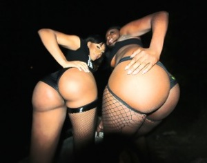 Two luscious ebony nymphos expose their  - XXX Dessert - Picture 1