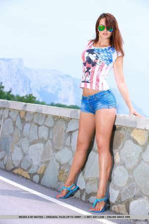 Sexy European girl reveals her tan lines - XXX Dessert - Picture 3