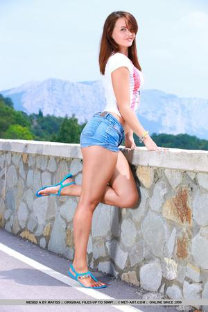 Sexy European girl reveals her tan lines - XXX Dessert - Picture 4