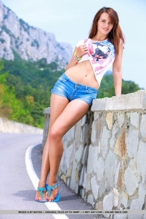 Sexy European girl reveals her tan lines - XXX Dessert - Picture 6