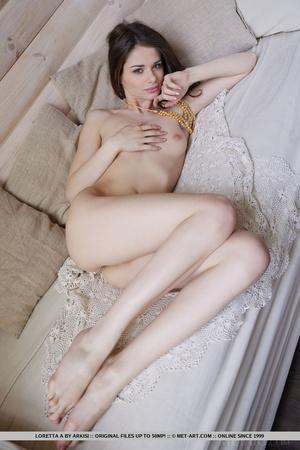 Seductive young girl enjoys luxurious li - XXX Dessert - Picture 9