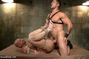 Hard man tied up, whipped, pinched and t - XXX Dessert - Picture 7