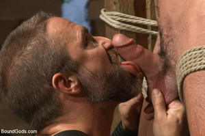 Slave man gets tied down, scalded with h - XXX Dessert - Picture 4