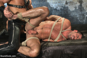 Slave man gets tied down, scalded with h - XXX Dessert - Picture 12