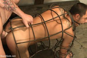 men Women bondage put in