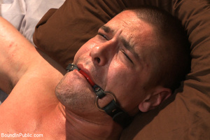 Guy in neck harness and cock weights giv - XXX Dessert - Picture 4