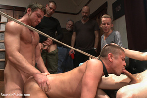 Guy in neck harness and cock weights giv - XXX Dessert - Picture 10
