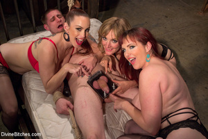 Three hot bitches queen over lucky guy r - XXX Dessert - Picture 1