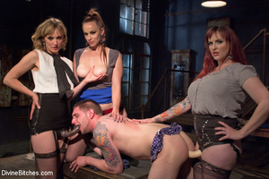 Three hot bitches queen over lucky guy r - XXX Dessert - Picture 2