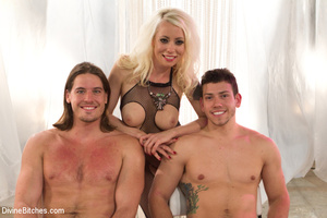Slutty temptress and two guys in hot pus - XXX Dessert - Picture 9