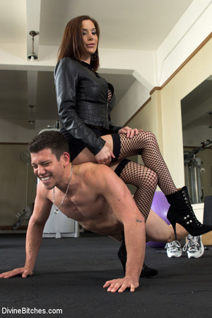 Hot chick makes bound guy worship feet a - XXX Dessert - Picture 4