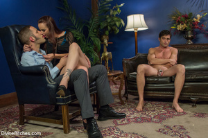 Hot babe queens two guys binding and mak - XXX Dessert - Picture 3