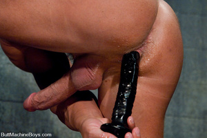 Gay dude plays with his cock as his tigh - XXX Dessert - Picture 4