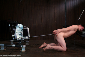 Young stud use machine on dick and then  - XXX Dessert - Picture 9