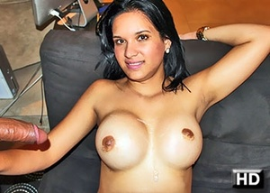 Seductive latina babe with awesome big b - XXX Dessert - Picture 9