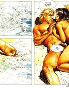 Blonde dude fucking a brunette bombshell on the sea shore