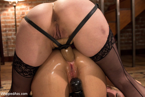 Office boss strips maid, spank and makes - XXX Dessert - Picture 15
