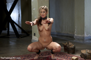 Slave chick made to lift stone, squat, d - XXX Dessert - Picture 3