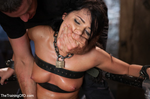 Sexy chick gets head boxed, pegged and r - XXX Dessert - Picture 22