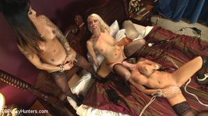 Brunnette tranny fuscks two horny blonde - XXX Dessert - Picture 14
