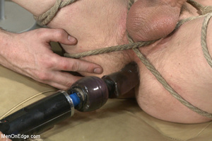 Tattooed guy strapped down to get his co - XXX Dessert - Picture 11
