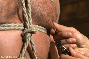 Muscled guy tied gets to suck cock as he - XXX Dessert - Picture 7