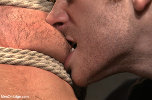 Guy roped down gets titillated with mout - XXX Dessert - Picture 2