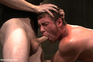 Guy roped down gets titillated with mout - XXX Dessert - Picture 10