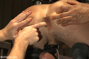 Slim sexy dude gets racked and bound wit - XXX Dessert - Picture 11