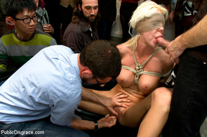 Blonde girl used as public sex toy as sh - XXX Dessert - Picture 6