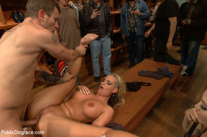 Nude blonde gets box on head as she assa - XXX Dessert - Picture 11